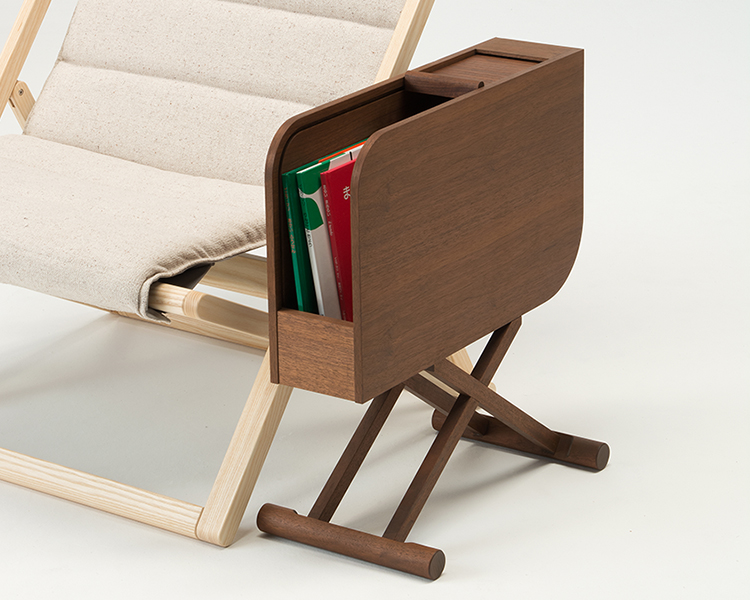 magazine_rack_table2
